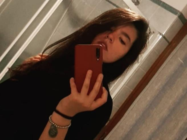 Erika Russo muore a 18 anni