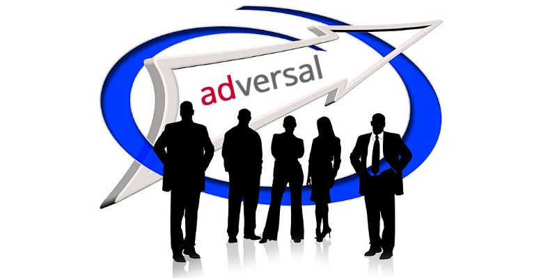 Pubblicità di Adversal - Alternative a Google Adsense